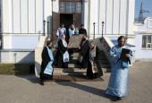 Епископ Борисоглебский Сергий совершил объезд города Борисоглебска с иконой Божией Матери «Достойно есть»