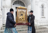 Состоялся крестный вокруг Костромы с Феодоровской иконой Божией Матери