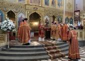 В праздник Светлого Христова Воскресения митрополит Таллинский Евгений возглавил торжественное богослужение в Александро-Невском соборе Таллина