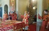 В Неделю 3-ю по Пасхе митрополит Крутицкий Ювеналий совершил Божественную литургию в Новодевичьем женском монастыре Москвы