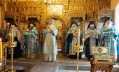 В Высоцком монастыре подмосковного Серпухова состоялось празднование в честь иконы Божией Матери «Неупиваемая Чаша»