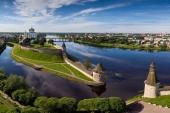 В Псковской и Ростовской епархиях возобновляются богослужения с участием прихожан