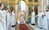 В праздник Вознесения Господня Патриарший экзарх всея Беларуси совершил Литургию в Свято-Духовом кафедральном соборе Минска