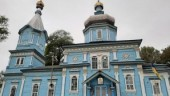 """În regiunea Vinnitsa raiderii din """"Biserica ortodoxă a Ucrainei"""" au pus un lacăt pe ușa sfântului locaș în care se rugau enoriașii"""
