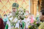 В праздник Святой Троицы глава Казахстанского митрополичьего округа совершил Литургию в Иверско-Серафимовском монастыре Алма-Аты