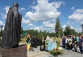 Митрополит Петрозаводский Константин освятил памятник преподобному Афанасию в Сяндемском Успенском женском монастыре