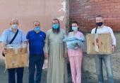 135 защитных костюмов передала медикам Хмельницкая епархия Украинской Православной Церкви