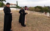 Патриарший экзарх Западной Европы совершил молебен на месте строительства первого русского храма в Португалии