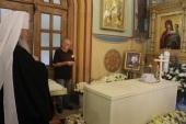 В Успенском кафедральном собора города Владимира на девятый день после кончины митрополита Евлогия (Смирнова) совершена панихида на месте его погребения