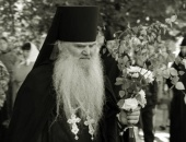 Преставился ко Господу духовник Успенской Святогорской лавры архимандрит Серафим (Лаврик)