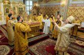 В Неделю 9-ю по Пятидесятнице глава Казахстанского митрополичьего округа совершил Литургию в Софийском соборе Алма-Аты