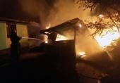 Пожарные защитили от огня храм Украинской Православной Церкви в Черкасской области