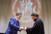 В Духовно-просветительском центре Александро-Невской лавры состоялось вручение дипломов кандидатов наук по специальности «Теология»