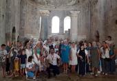 В праздник рождества святителя Николая Чудотворца проживающие в Турции русскоязычные верующие молились за Литургией в Демре