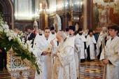 В канун праздника Преображения Господня Святейший Патриарх Кирилл совершил всенощное бдение в Храме Христа Спасителя