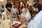 Патриарший наместник Московской епархии освятил Троицкий собор и храм Христа Спасителя Николо-Берлюковской пустыни