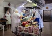 Саратовская епархия организовала доставку горячего питания для врачей COVID-госпиталя