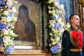 В Донской ставропигиальный монастырь принесена чудотворная Донская икона Божией Матери