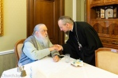 Митрополит Филарет (Вахромеев) поздравил митрополита Минского Вениамина с началом служения на Минской кафедре