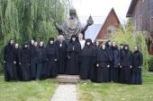 Представители Межведомственной комиссии по вопросам образования монашествующих посетили Никольский Шостьенский ставропигиальный монастырь