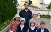 В Брянской епархии 130 детей из малоимущих семей получили помощь от Церкви при подготовке к школе