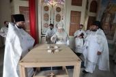 Патриарший наместник Московской епархии освятил храм Казанской иконы Божией Матери в подмосковном селе Дединово