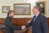 DECR chairman meets with newly appointed Russia's Ambassador to Lebanon