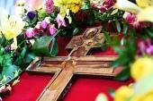 В праздник Воздвижения Креста Господня Святейший Патриарх Кирилл совершил Литургию в Храме Христа Спасителя
