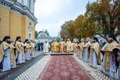 В Неделю по Воздвижении Предстоятель Украинской Православной Церкви возглавил Литургию в Киево-Печерской лавре
