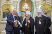 Блаженнейший митрополит Онуфрий принял участие в церемонии передачи акта о праве пользования землей Одесскому Иверскому монастырю