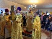 Епископ Камень-Каширский Афанасий совершил Литургию во временном храме гонимой религиозной общины села Жидычин на Волыни