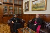 Прошла встреча митрополита Волоколамского Илариона с новым Апостольским нунцием в Российской Федерации