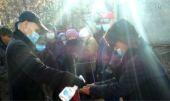 В Чебоксарах православные добровольцы раздают нуждающимся горячее питание