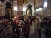 В Екатеринбурге проводили ковчег с частицей Пояса Пресвятой Богородицы