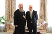 Митрополит Астанайский Александр встретился с послом США в Казахстане