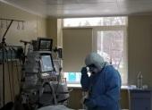 Председатель Синодального отдела по благотворительности посетил пациентов с коронавирусом в 52-й больнице Москвы