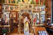 В день памяти святителя Петра Московского Святейший Патриарх Кирилл совершил Литургию в Александро-Невском скиту