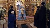 В субботу по Рождестве Христовом Патриарший наместник Московской епархии совершил Литургию в Никольском храме на Рогожском кладбище столицы
