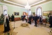 Митрополит Санкт-Петербургский Варсонофий вручил медикам Патриаршие награды