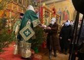 От храмов — людям: как Псковская епархия помогает региону в борьбе с коронавирусом