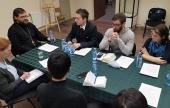 В Москве состоялся круглый стол, посвященный церковной помощи мигрантам