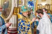 В праздник Сретения Господня митрополит Рижский и всея Латвии Александр совершил Божественную литургию в Александро-Невском храме г. Риги
