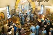 В Неделю о мытаре и фарисее Патриарший экзарх всея Беларуси совершил Литургию в храме иконы Божией Матери «Взыскание погибших» города Минска