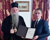 Иерарх Сербской Православной Церкви награжден за защиту прав и свобод граждан Черногории