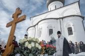 В годовщину преставления ко Господу профессора МДА Алексея Сидорова на месте его погребения в Вознесенском Оршином монастыре состоялись заупокойные богослужения
