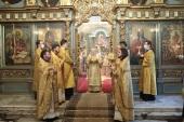 В Неделю о блудном сыне Патриарший наместник Московской епархии совершил Литургию в Новодевичьем монастыре г. Москвы