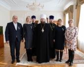 Глава Саратовской митрополии вручил Патриаршие награды медикам и духовенству, окормляющему лечебные учреждения региона