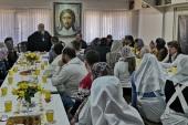 Председатель Синодального отдела по благотворительности встретился с социальными работниками Сочинской епархии
