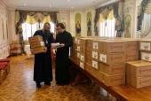 Епархии Украинской Православной Церкви продолжают оказывать помощь медикам и нуждающимся