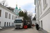 Из Буковины в Святогорскую лавру доставлен очередной гуманитарный груз